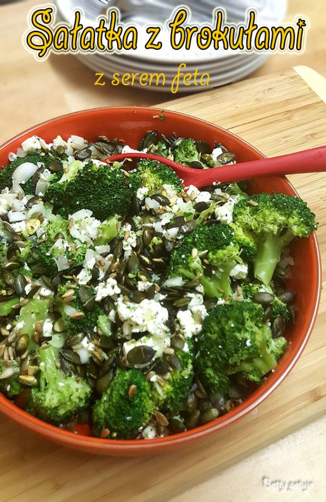 Sałatka z brokułami i serem feta 2